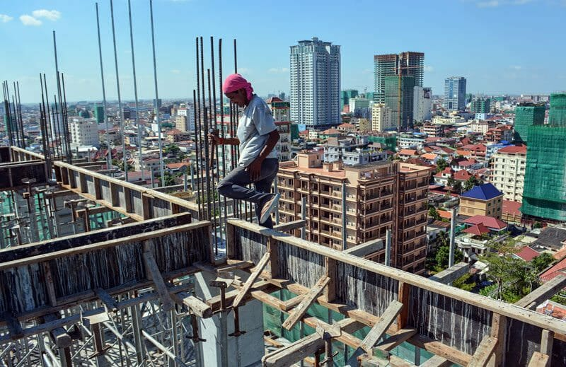 Hiring Contractors in Asia? Here's What You Should Know