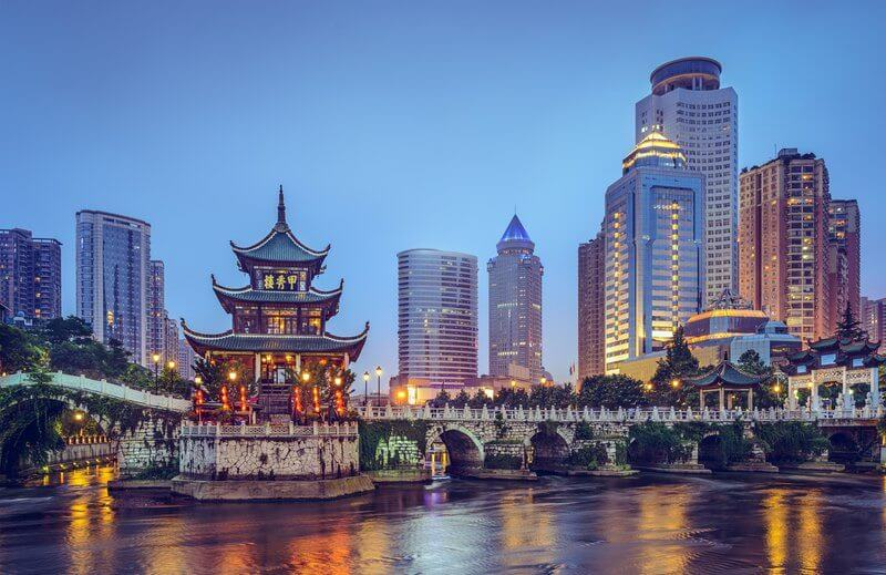 How Rich Chinese Are Preserving Their Wealth